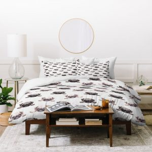 wonder-forest-pouty-pugs-duvet-new-lifestyle-white_1024x1024