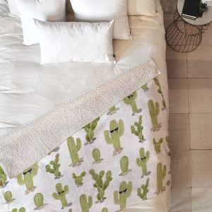 wonder-forest-cool-cacti-sherpa-blanket-top-down_1024x1024-1.jpg