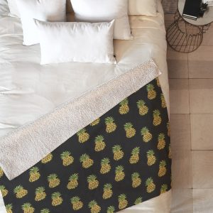 wonder-forest-dark-pineapple-express-sherpa-blanket-top-down_1024x1024-1.jpeg