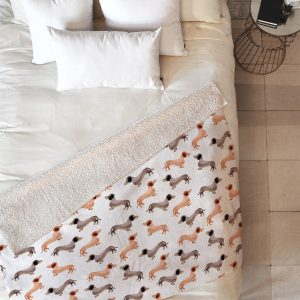 wonder-forest-darling-dachshunds-sherpa-blanket-top-down_500fdf54-4c9f-4417-bb06-332bbe779cdb_1024x1024-1.jpeg