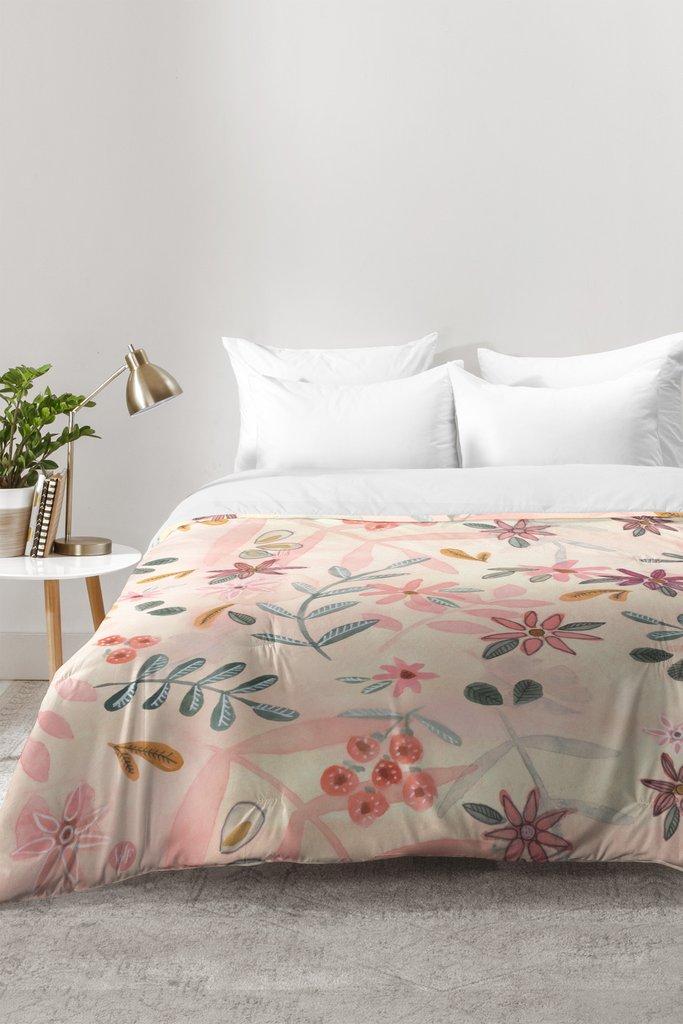 Floral Bedspreads And Comforters.Feminine Floral Comforter