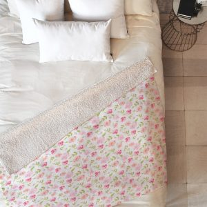 wonder-forest-floral-rose-sherpa-blanket-top-down_1024x1024-1.jpeg