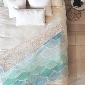 wonder-forest-mermaid-scales-sherpa-blanket-top-down_1024x1024-1.jpeg
