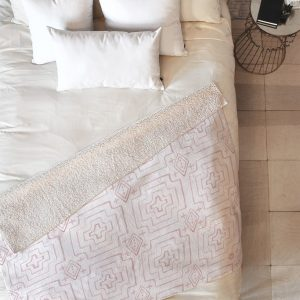 wonder-forest-moroccan-mood-rose-sherpa-blanket-top-down_1024x1024-1.jpg