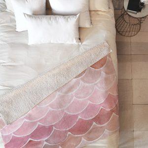 wonder-forest-pink-mermaid-scales-sherpa-blanket-top-down_1024x1024-1.jpeg